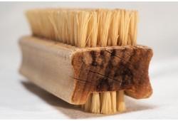Как почистить ковер от пятен, шерсти и других загрязнителей
